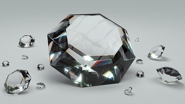 broušené diamanty