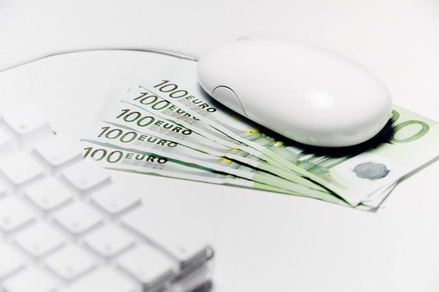 Počítačová myš, peniaze