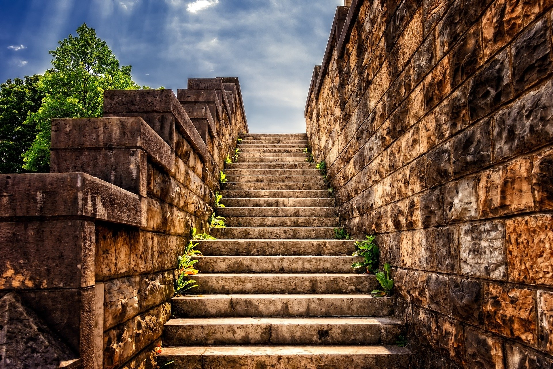 stairs-3614468_1920